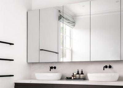 Bianco-Santorini-marble-vanity-and-splashback