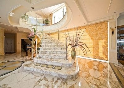arabescato-marble-spiral-staircase