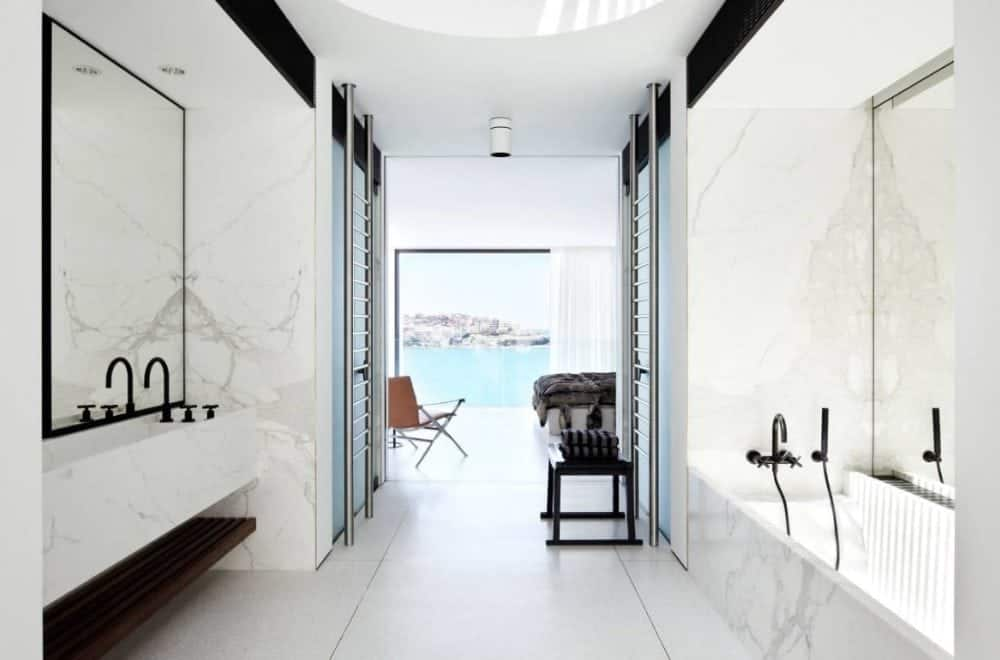 Calacatta-marble-bathtub-surround-and-vanity-cladding