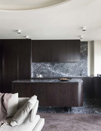 Grigio-Perla-marble-kitchen-island-and-splashback