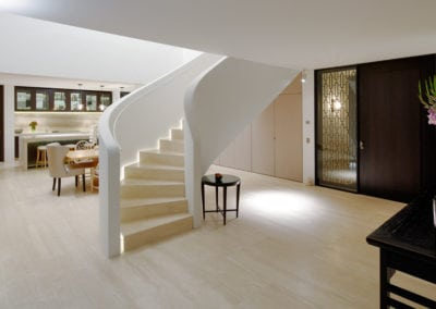 travertine-navona-floor-and-staircase