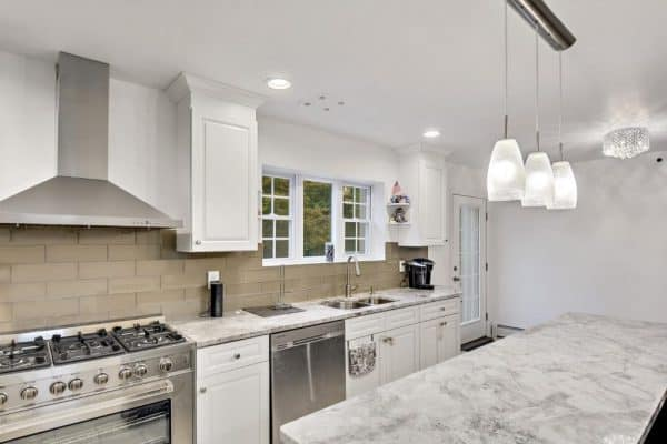 SuperWhite Kitchen Island