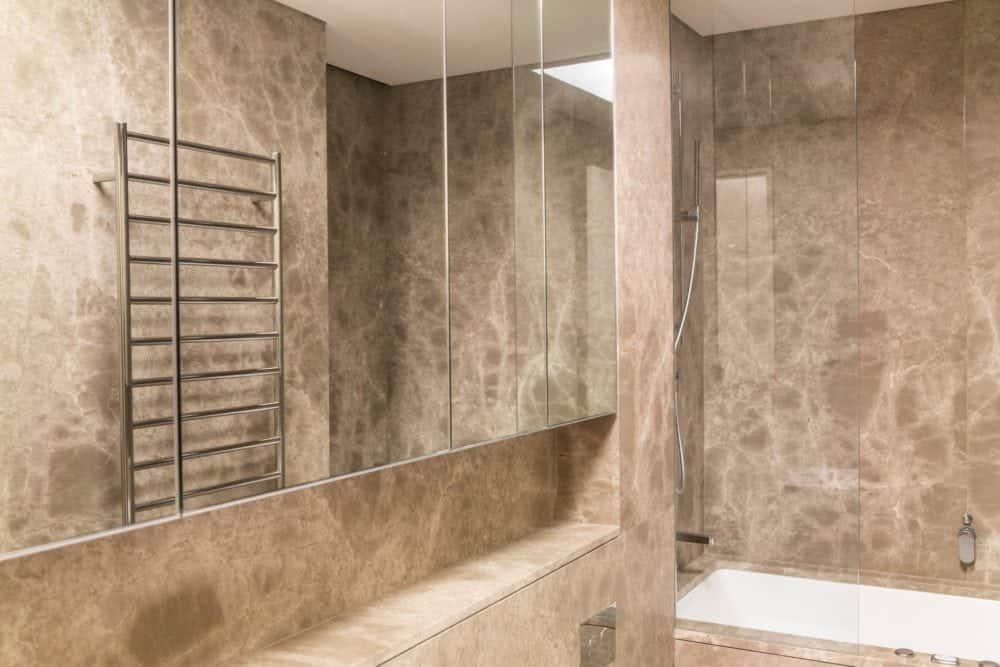 giallo venus marble bathroom 1