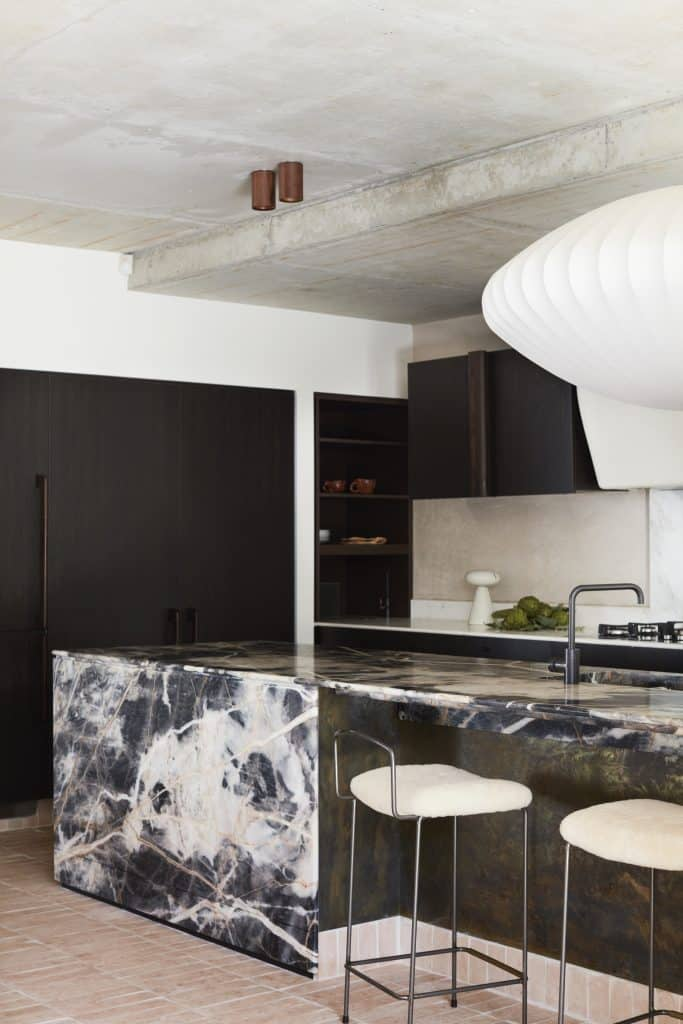 Dover Heights Black Panther Onyx Kitchen Island Bench