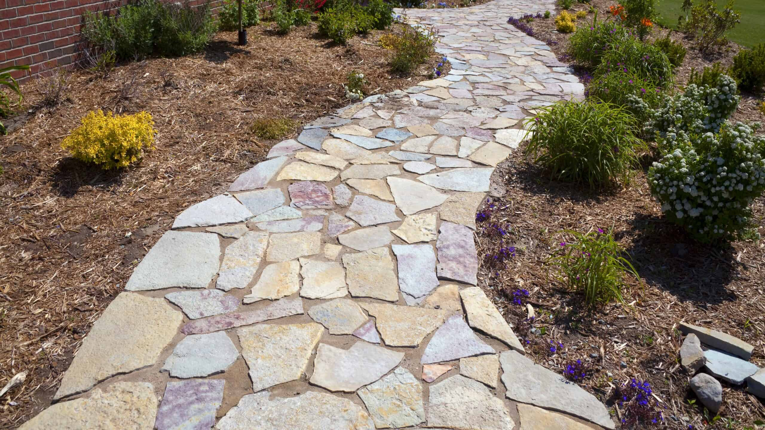 10 Affordable Stone Walkway Ideas